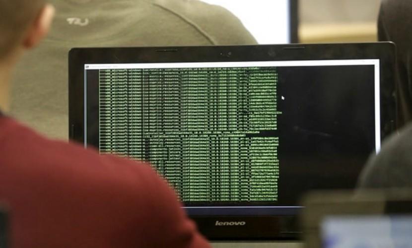 ФСБ и Минкомсвязь предложили дешифровать весь интернет-трафик россиян