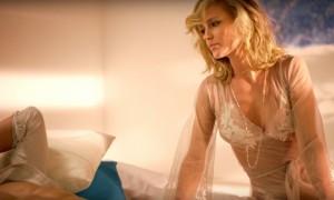 «Без тебя»: Глюкоза чувственно поведала в новом клипе историю о том, как было разбито ее сердце