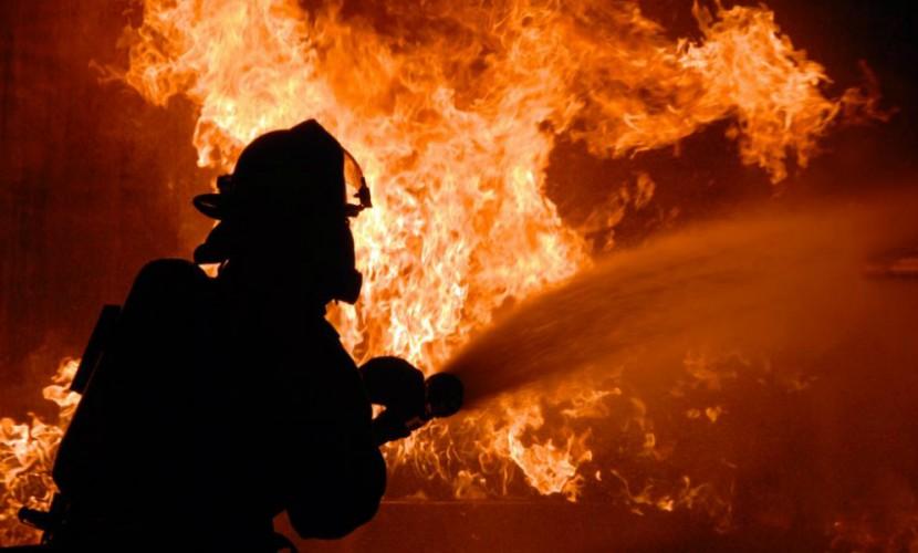 Четверо малышей сгорели в особняке многодетной семьи под Омском