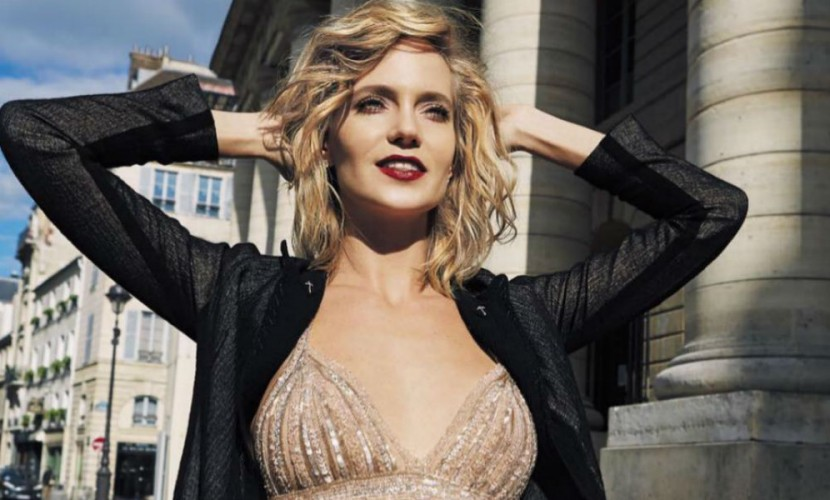 Эстрадная певица Глюк'oZa превратилась вгламурную секс-бомбу на дорогах Парижа