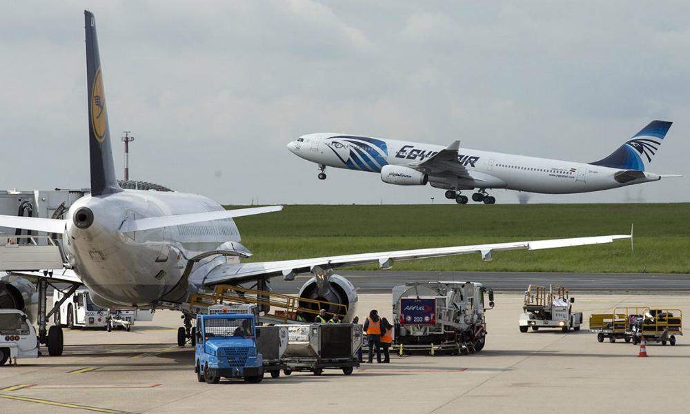 Следы тротила нашли на рухнувшем лайнере EgyptAir французские эксперты