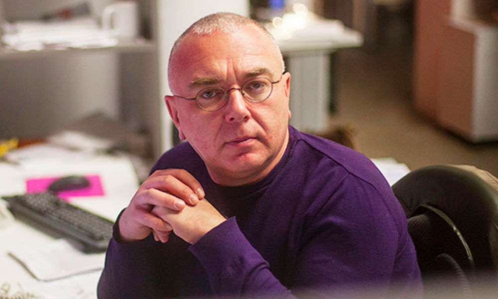Телеведущего Павла Лобкова избили во время утренней прогулки в центре Москвы