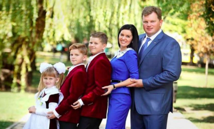 Губернатор Киевской области Мельничук пропал— супруга