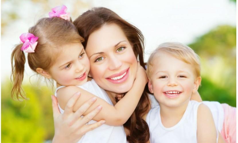 Минтруд может начать поощрять женщин зарождение 2-х детей до30 лет