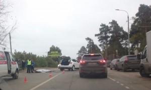 Женщина за рулем Nissan сбила насмерть полицейского на мотоцикле в подмосковном Раменском