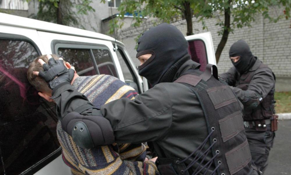 Москвича с двумя боевыми гранатами задержали у позиций ВСУ, - Нацполиция Украины
