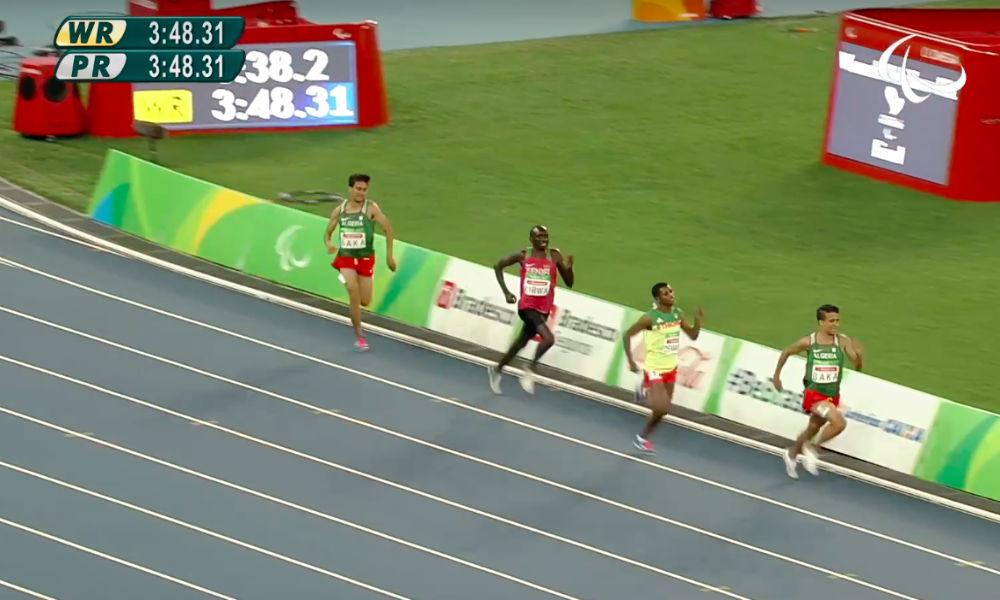 Американский золотой медалист в Рио пробежал дистанцию в 1500 метров медленнее паралимпийцев из Африки