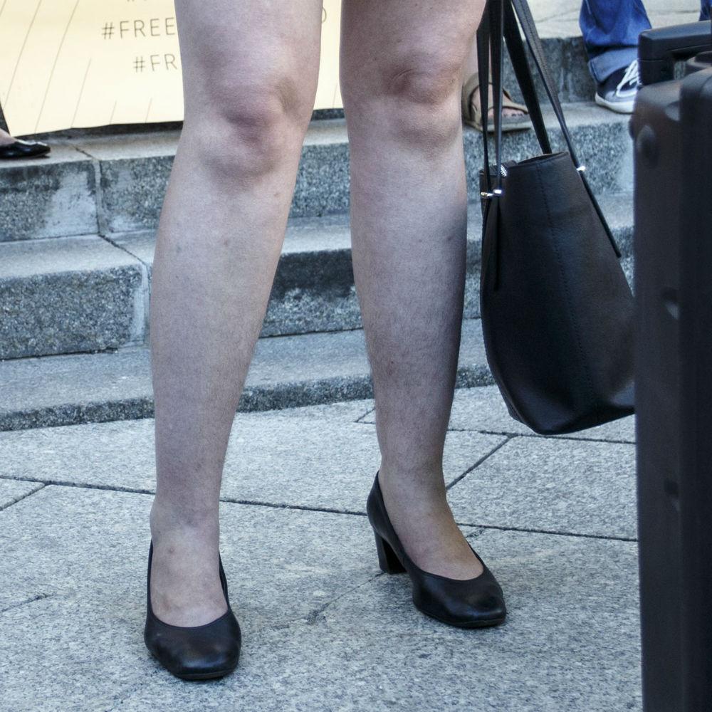 Видео небритых ног фото 272-172