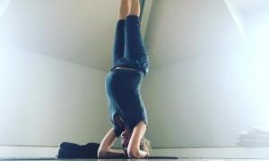 Беременная Собчак встала на голову, чтобы качественно изменить свою жизнь и «не сдуваться»