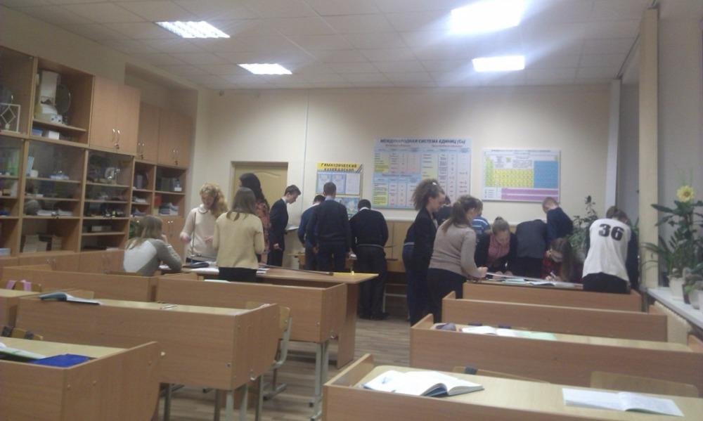 Девятиклассник потерял сознание на уроке и скончался до приезда скорой помощи в Татарстане
