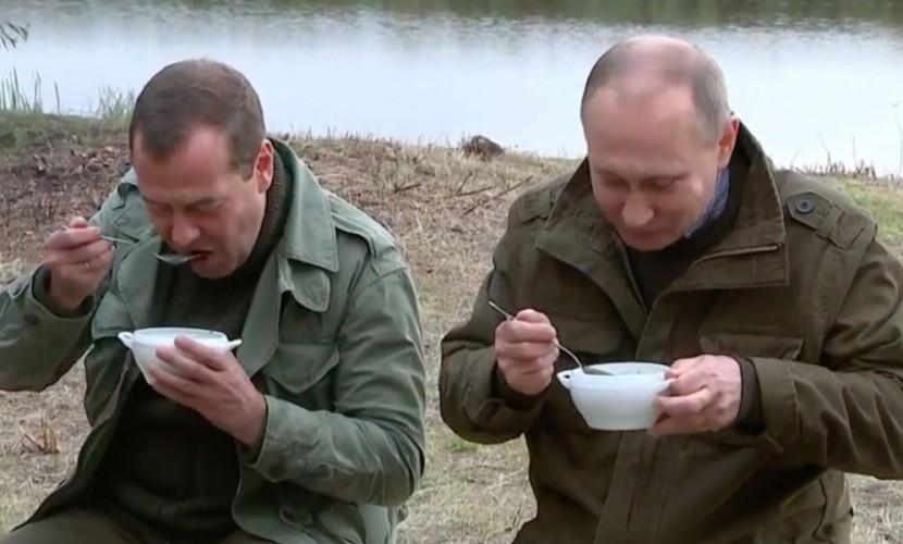 Путин пообещал рыбакам сохранить лов рыбы ссойм