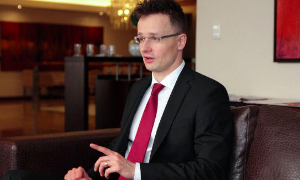 Санкции против России нанесли ущерб экономике европейских стран, - глава МИД Венгрии