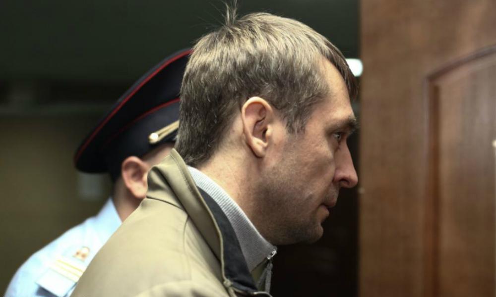 Полковника антикоррупционного главка Захарченко и его руководителя уволили из МВД