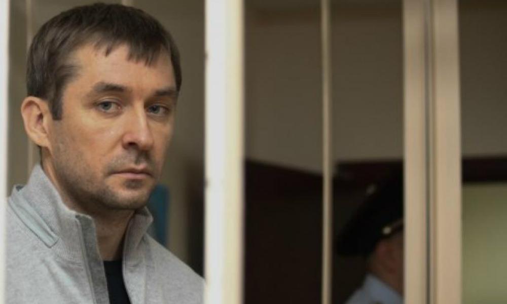 На офшорных счетах отца Дмитрия Захарченко ФСБ нашла более двух миллиардов рублей