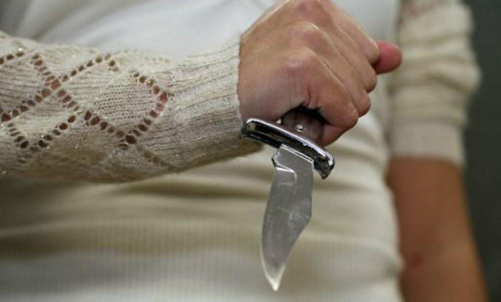 Пациент больницы в Бурятии зарезал соседа за отказ дать ему точильный камень