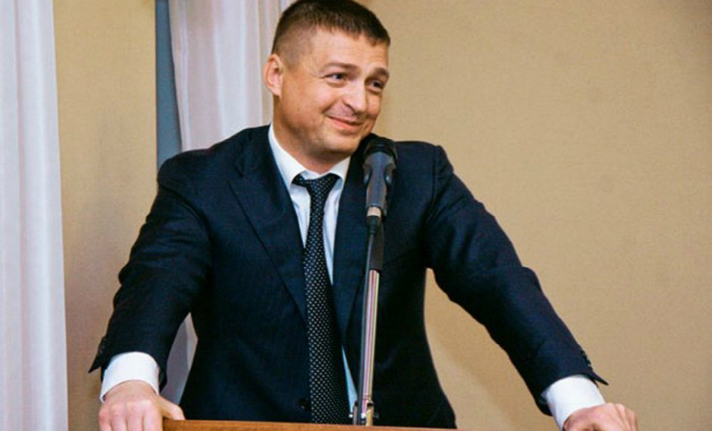 Мэр Смоленска был уволен после отказа согласовать гей-парад