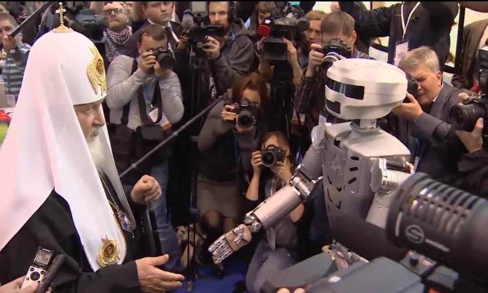 Патриарх Кирилл назвал роботов возможными хозяевами Земли в будущем