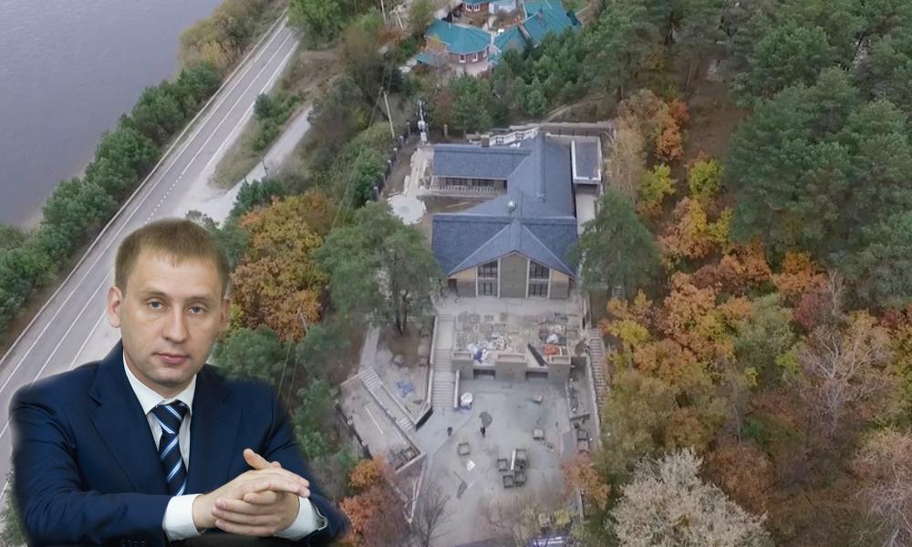 У губернатора Амурской области нашли дворец за 100 миллионов в Белогорье