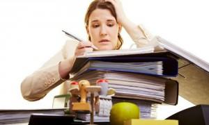 Женщины ежегодно работают на полтора месяца дольше мужчин, - эксперты