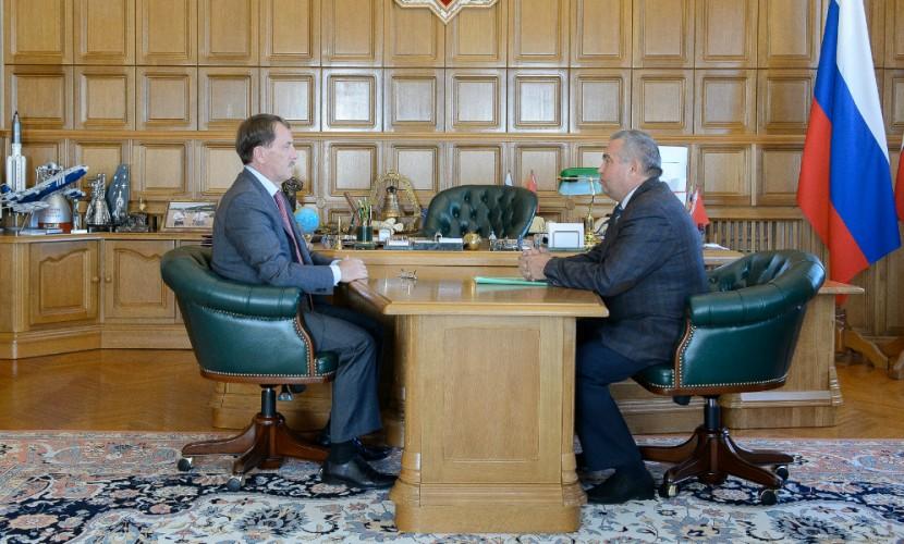 Алексей Гордеев принял отставку руководителя областного избиркома Владимира Селянина