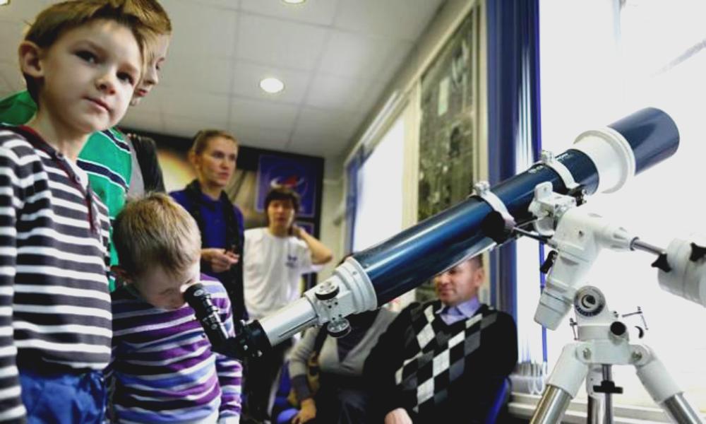 Астрономию в школах решено вводить вместо иностранного языка