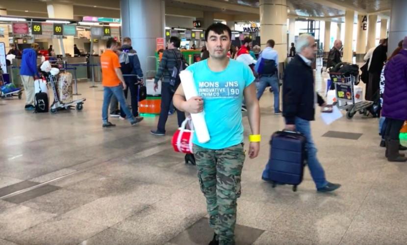 Выгодные для туристов частные упаковщики багажа появились в московском аэропорту Домодедово