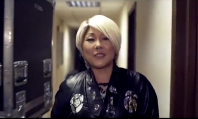 Анита Цой обескуражила поклонников превращением в блондинку на видео