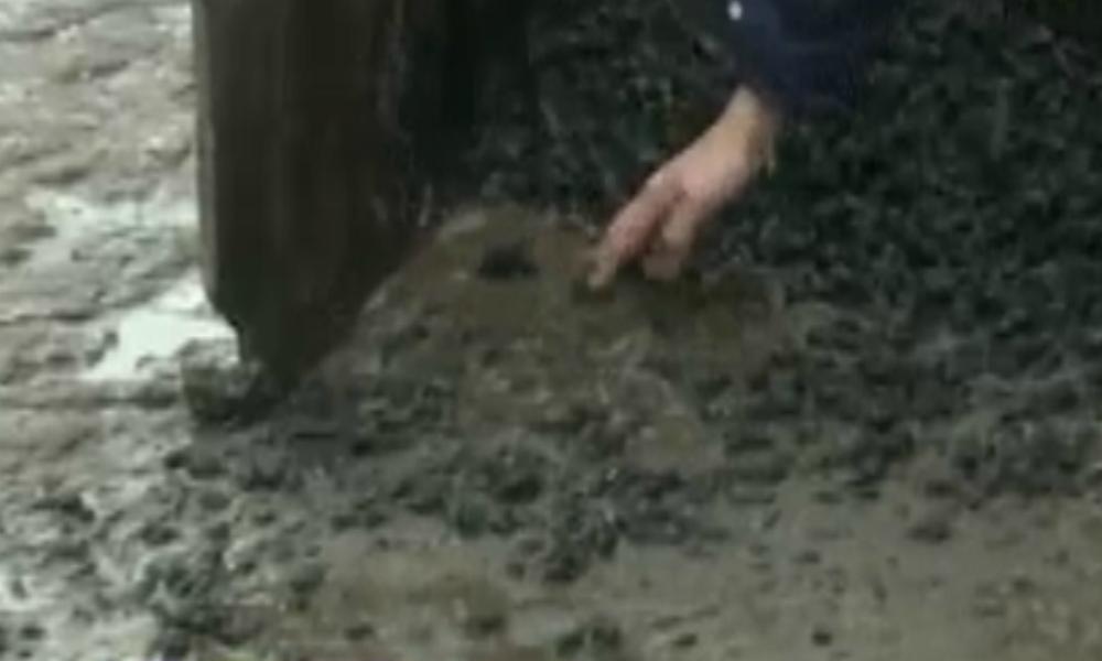 На трассе под Новосибирском грубо нарушили технологию укладки асфальта