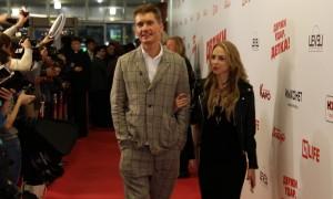 Бывший муж Равшаны Курковой стал бойфрендом сексапильной звезды Comedy Woman
