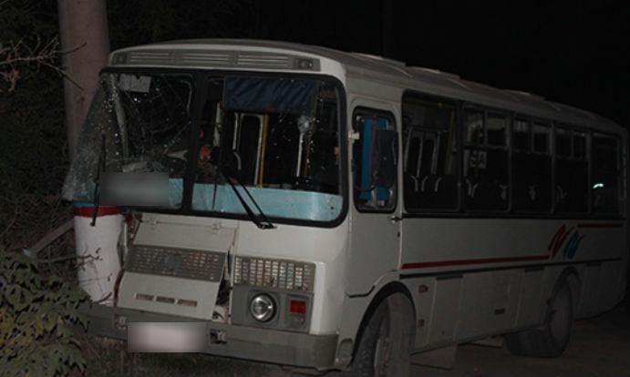 ВКазани из-за водителя красного автобуса пассажирка сломала позвоночник