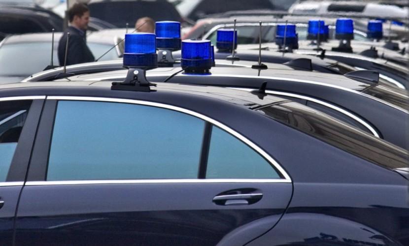 По рангу положено: в Госдуме дали пояснение насчет ВИП-пассажиров автомобилей с