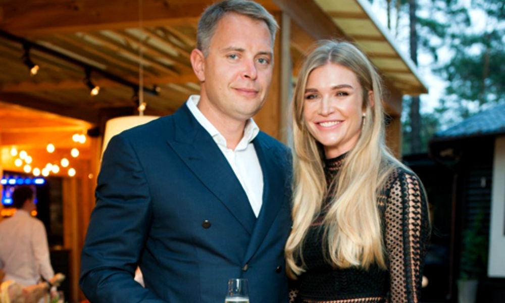 Известная украинская модель-разведенка вышла замуж за советника экс-главы Администрации Порошенко