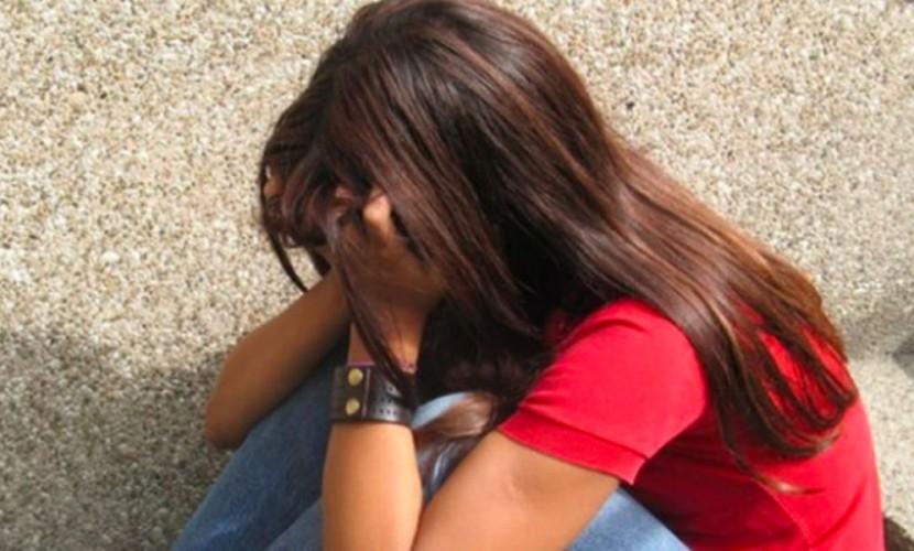 НаКамчатке двое парней изнасиловали пьяную школьницу, спящую вкустах