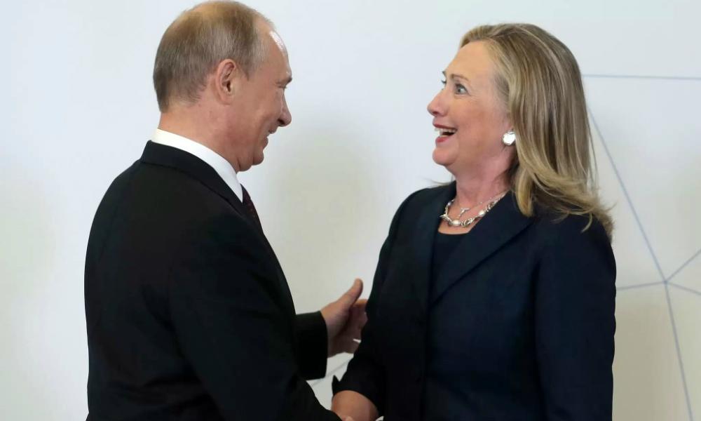 Создается ощущение, что главным соперником Клинтон на выборах является Путин,  - The Washington Times