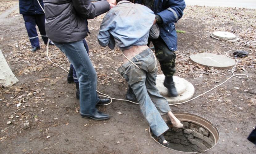 Трое мужчин погибли всептической яме вОльховском районе