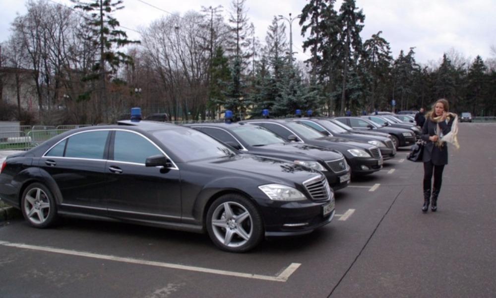 Путин подписал указ о полуторном увеличении количества машин с