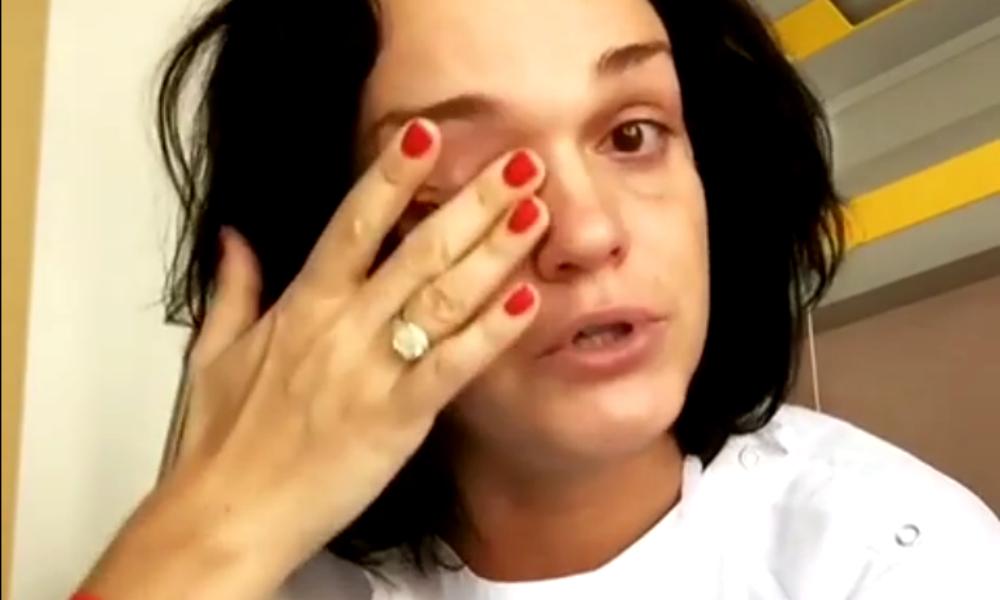 Певица Слава в слезах умоляла на видео простить ее из-за страшной болезни