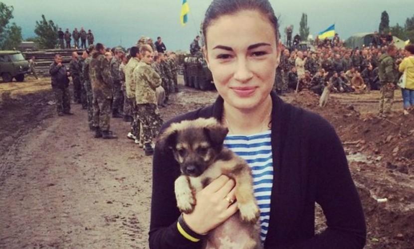Певица Анастасия Приходько предложила доставлять россиян