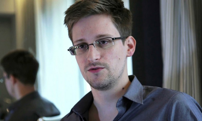 Сноуден высмеял угрозы Байдена опредстоящей кибератаке наКремль