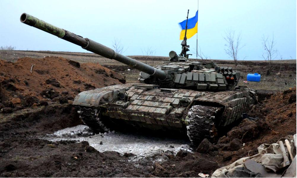 К Донбассу стягиваются десятки украинских танков. ВСУ готовят новое наступление?