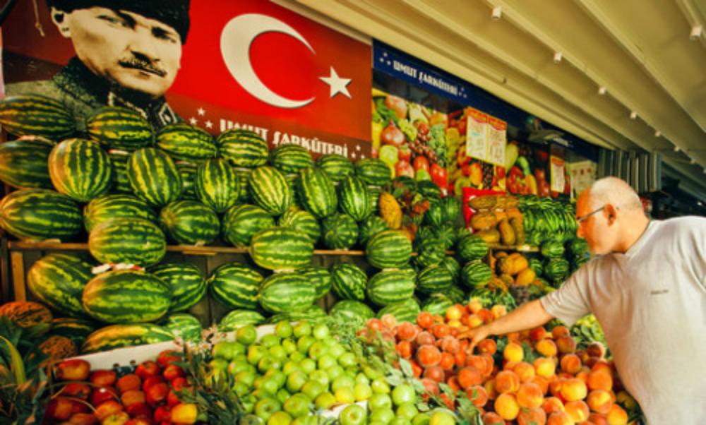 Путин объявил о возвращении турецких продуктов на российский рынок