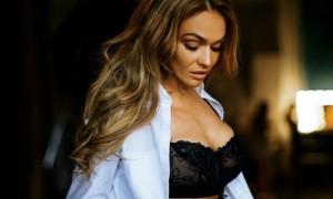 Алена Водонаева заявила об операции по уменьшению груди