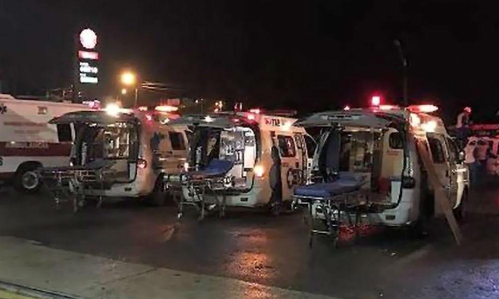 Стюардесса и пятеро пассажиров чудом выжили при крушении самолета в Колумбии