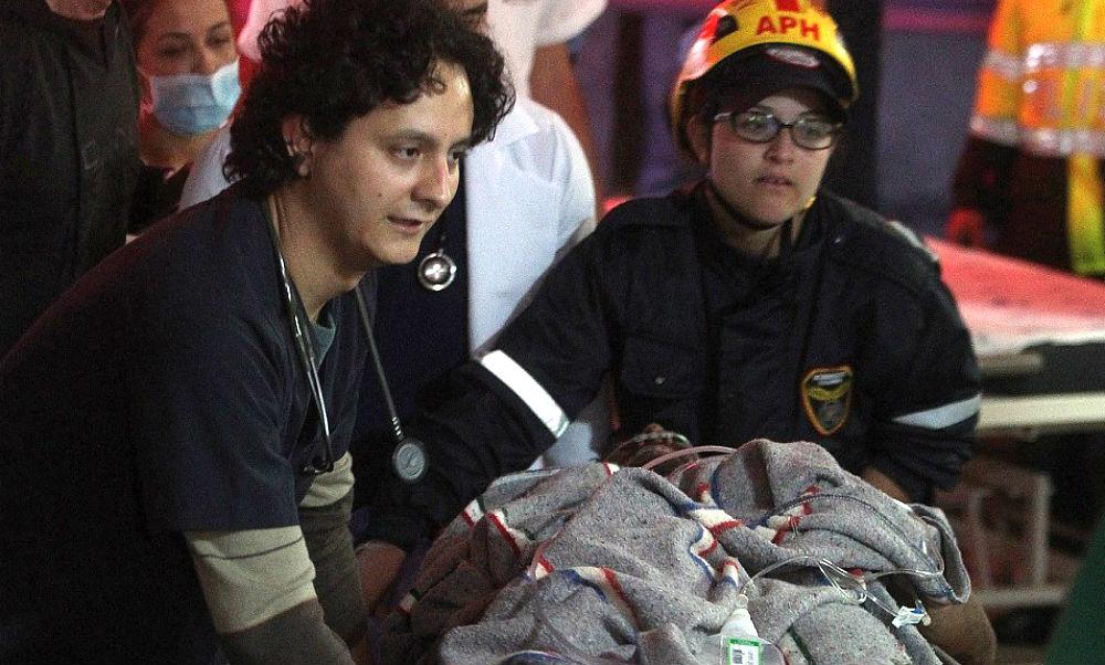 Спасение выживших при крушении самолета в Колумбии попало на видео