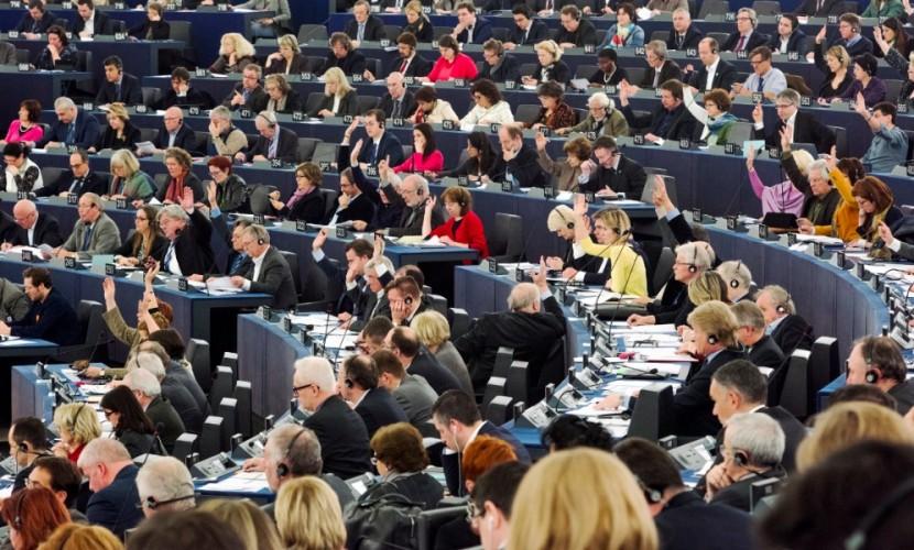 ЕСодобрил резолюцию оборьбе сроссийскими СМИ