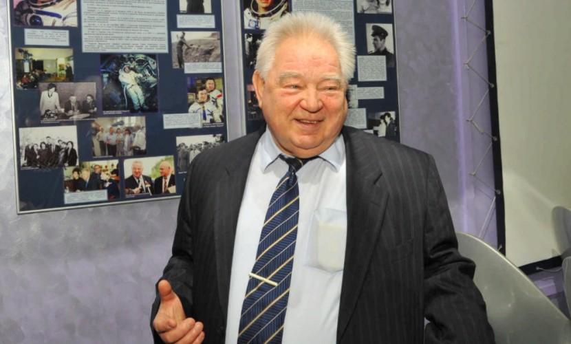 Космонавт Георгий Гречко находится налечении в клинике