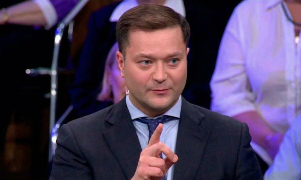 Никита Исаев назвал заказчика провокации с его часами за 2 млн рублей