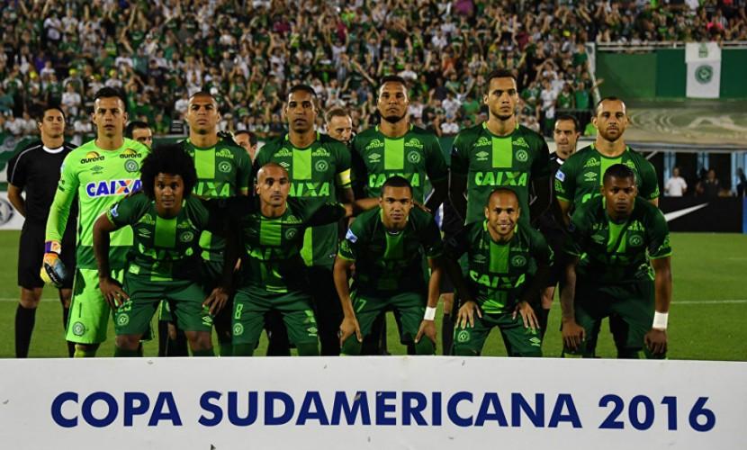 Самолет с бразильской футбольной командой потерпел крушение в Колумбии