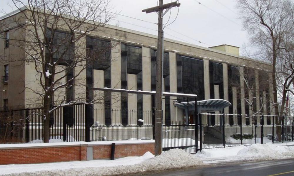 Россия выразила разочарование в связи с новыми санкциями Канады и пообещала быть взаимной