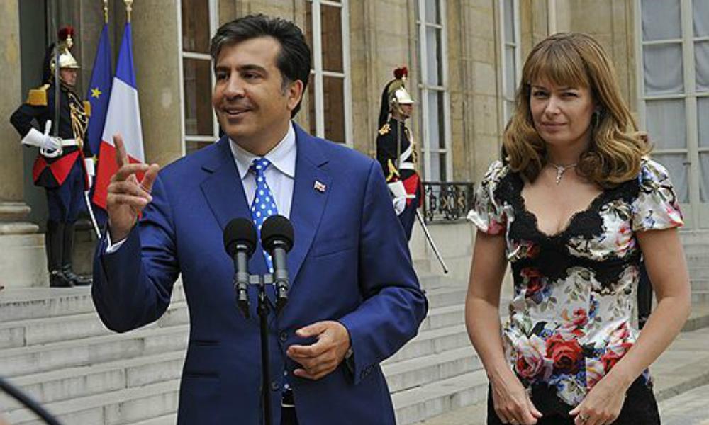 Голландская жена Саакашвили отказалась от места депутата в парламенте Грузии